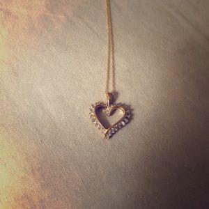 Diamond Heart Pendant Necklace 10k gold